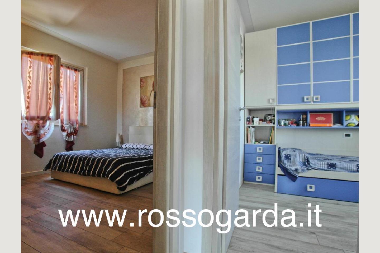 vista camere Villa Bifamiliare vendita Padenghe