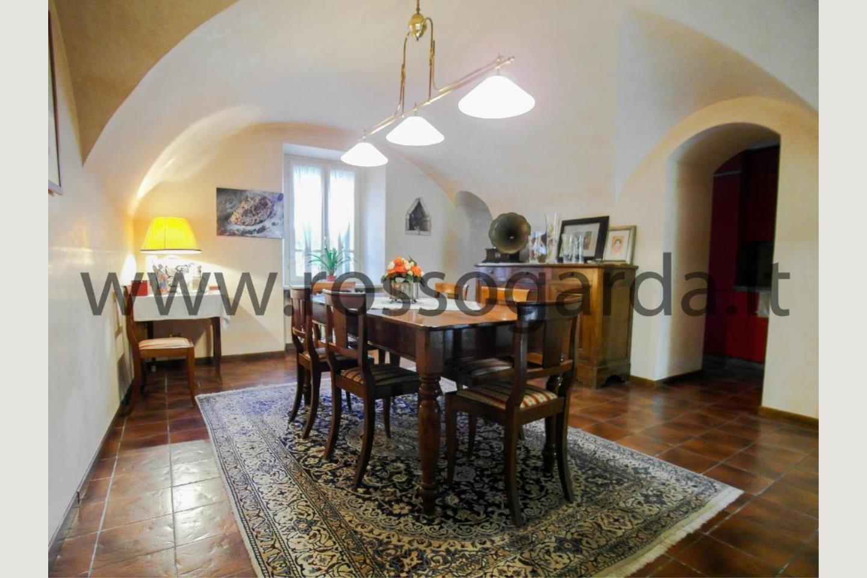 Sala giorno villa con piscina vendita a Pozzolengo