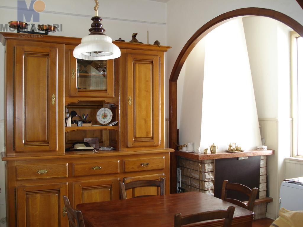 Foligno vendesi appartamento in zona Via Piave