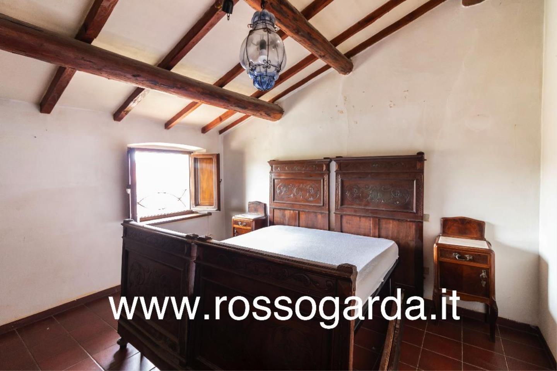 Dimora 800  vendita Castellaro Lagusello camera 2