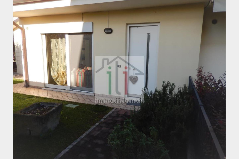 Villa quadrifamiliare in Vendita Montegrotto Terme