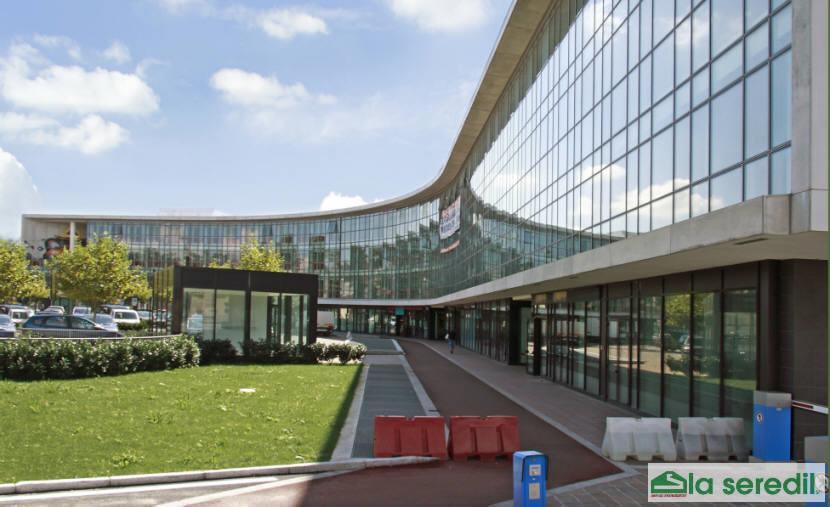 Prestigioso Ufficio in Centro Vimercate mq 184 affittasi