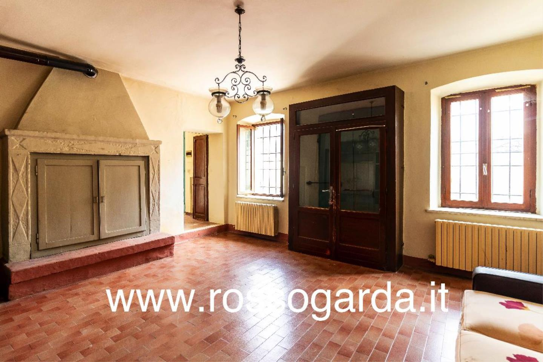 Dimora 800  vendita Castellaro Lagusello salone