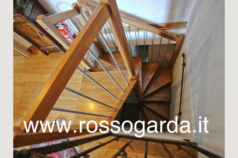 Particolare scala villa in vendita Padenghe