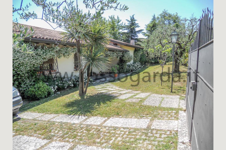 ingresso di Villa vista lago San Felice vendita