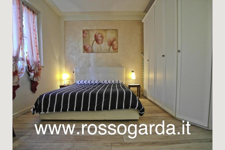 camera padronale Villa Bifamiliare Padenghe