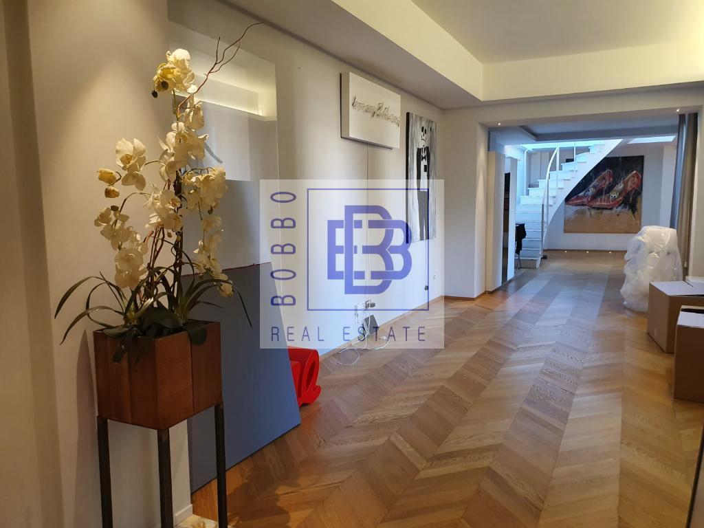 Appartamento 4 locali con ampio terrazzo