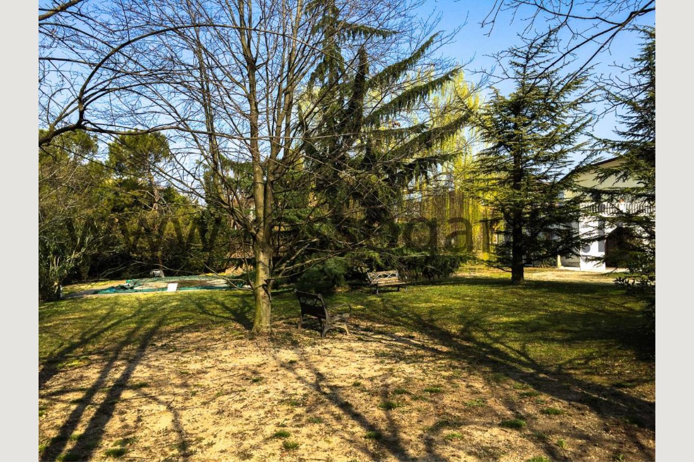 Verde di villa con piscina in vendita Pozzolengo