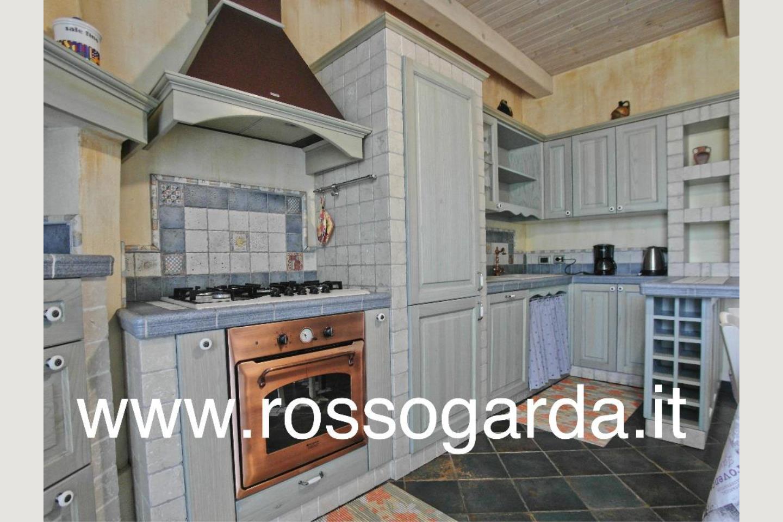 villa in vendita Cucina  Padenghe