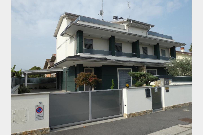 Villa bifamiliare in Vendita Alfonsine