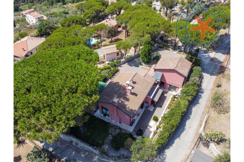 Villa in Vendita Campo nell