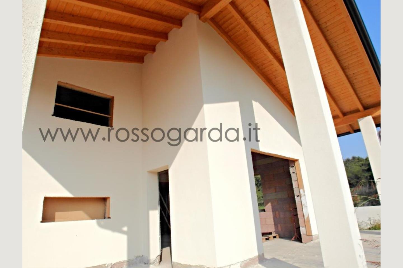 Villa in Vendita Lonato del Garda