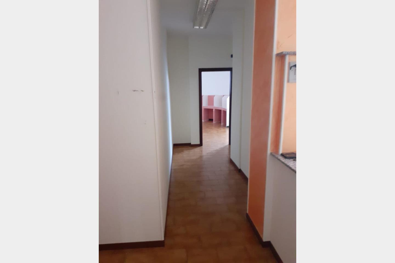 Ufficio in Affitto Saronno