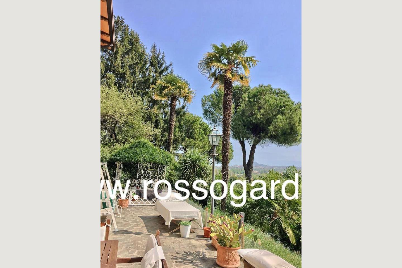 esterni villa vista panoramica Soiano