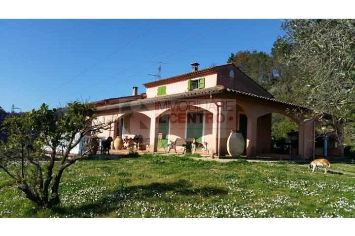 Casa Indipendente in Vendita Sarzana