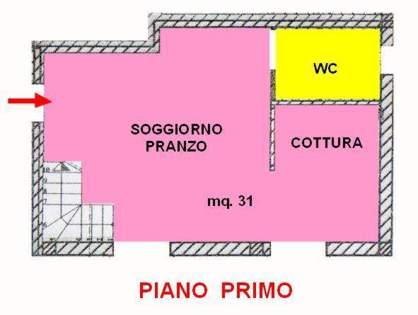 Vendita di un appartamento in ottimo stato a Cesena, con tre camere da letto, due bagni, ampia zona giorno, terrazzo e garage