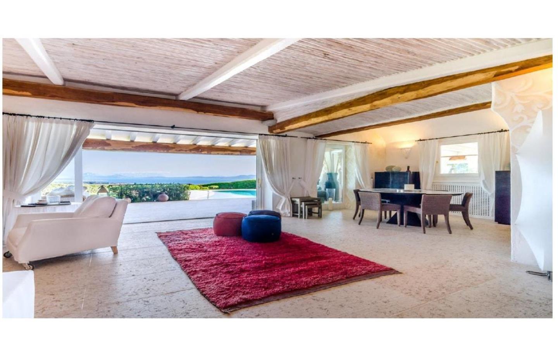 Villa in Vendita Cala Di Volpe