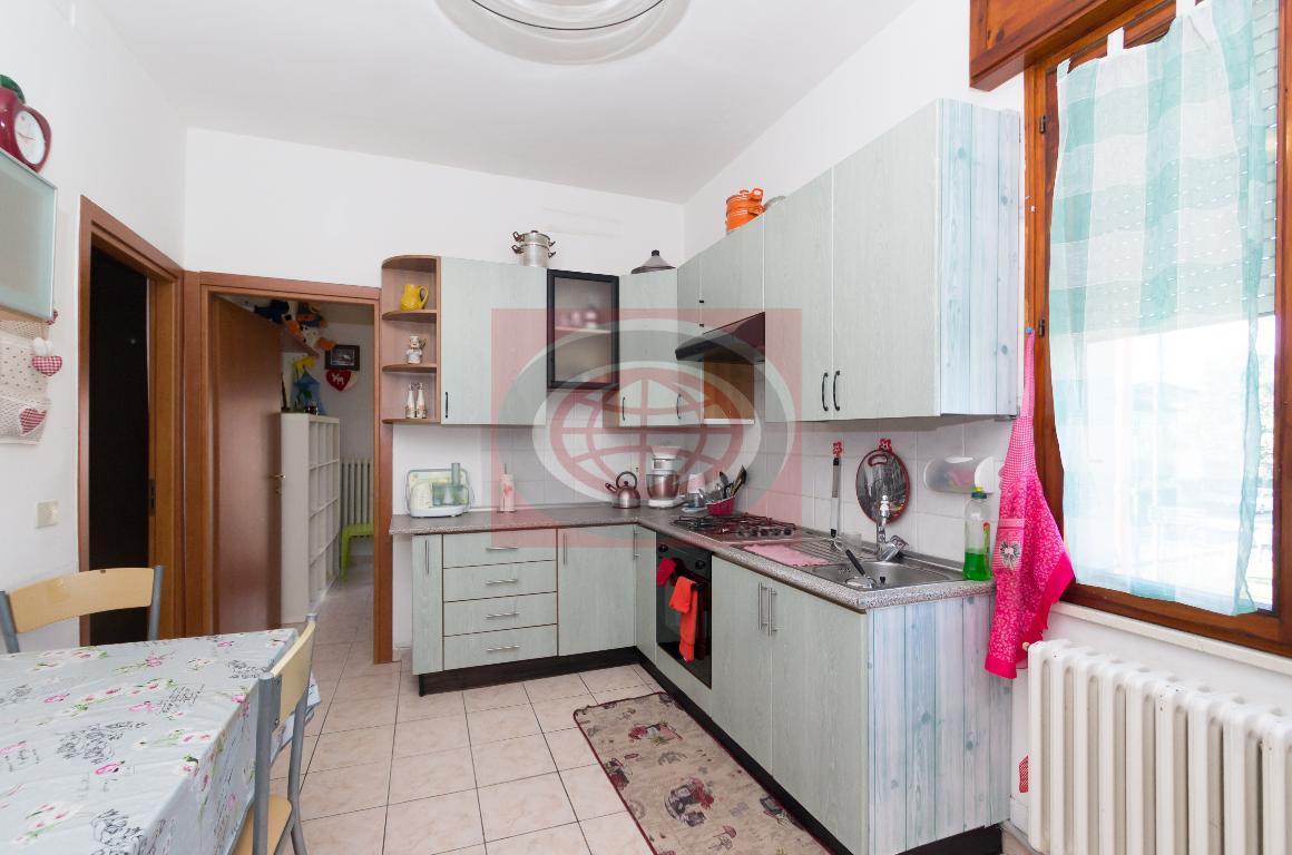 Villa Chiaviche - appartamento con INGRESSO INDIPENDENTE e NO SPESE CONDOMINIALI - 2 letto - RISTRUTTURATO