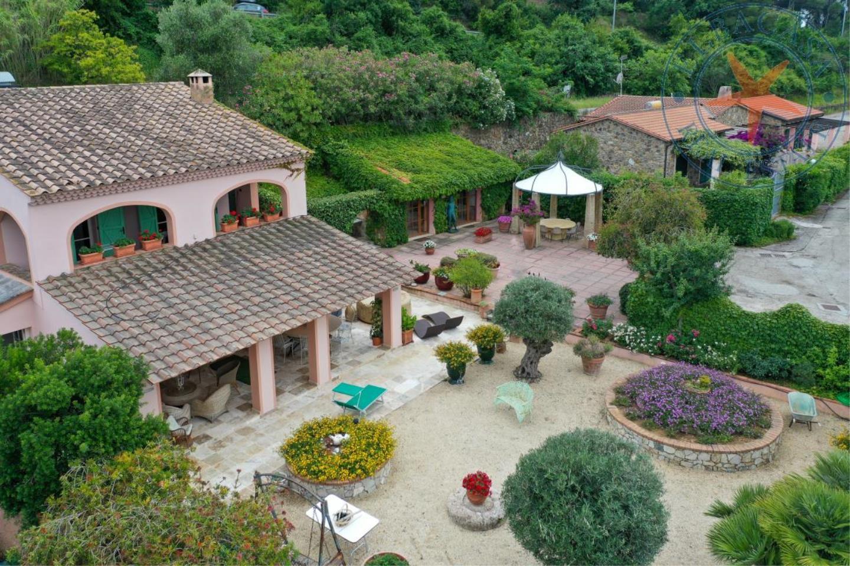 Villa in Vendita Capoliveri