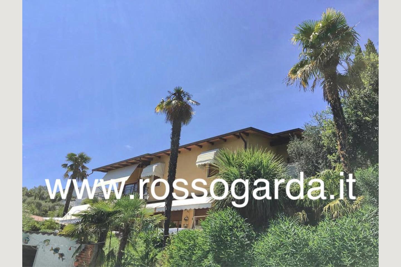 Facciata di villa vista panoramica Soiano