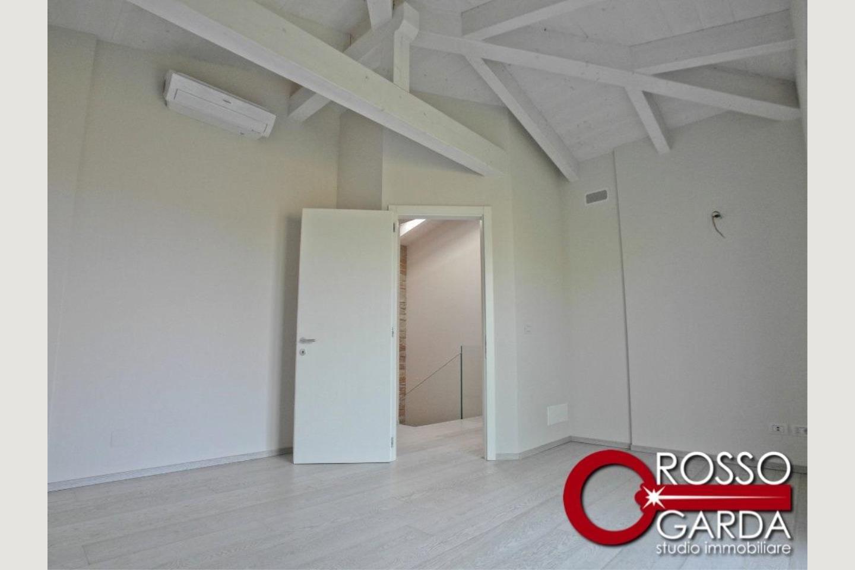 Villa in classe A vendita Lonato camera 2