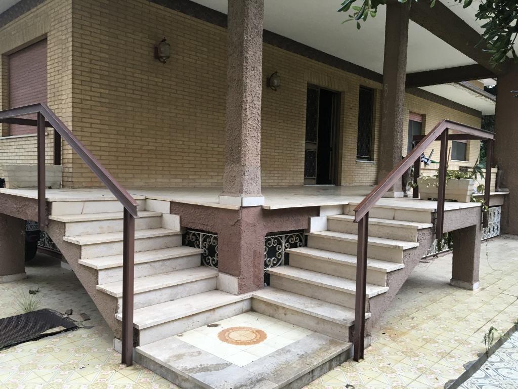 TOMMASO NATALE - SFERRACAVALLO Porzione di Villa bifamiliare su 2 livelli Possibile 110%
