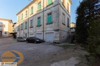 Palazzina da ristrutturare in vendita a Casatenovo (LC) Tel. 0399203825