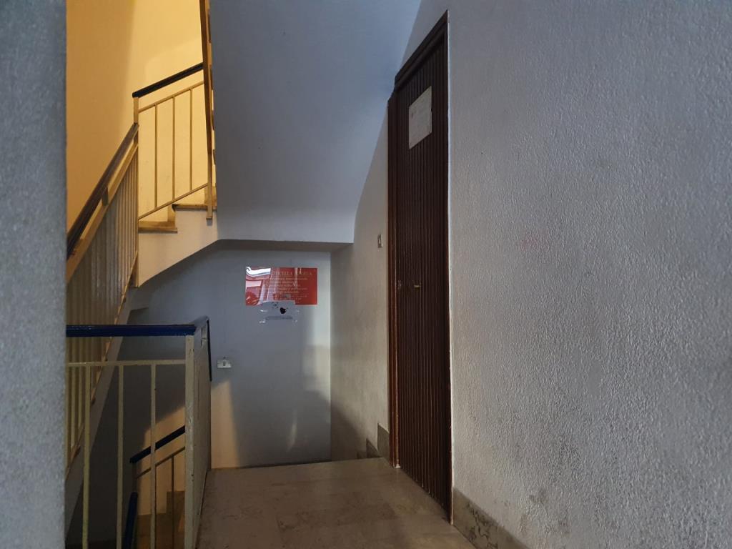 Monreale,uso ufficio,90 mq+terrazzo