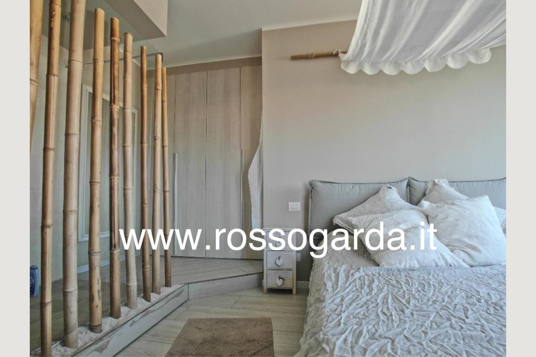 Residence B&B vendita Desenzano camera particolare
