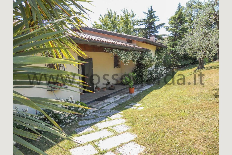 Villa vista lago San Felice vendita ingresso
