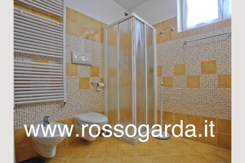 Bagno 3 lavanderia villa in vendita Padenghe