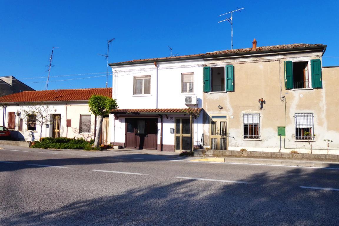 La Casa Dei Divani via Reale Alfonsine