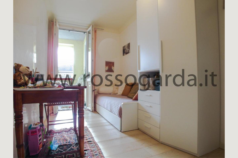 Cameretta di attico in vendita a Desenzano d/G