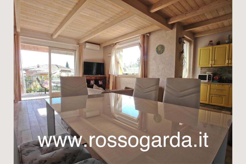 Villa Bifamiliare vendita Padenghe sala pranzo