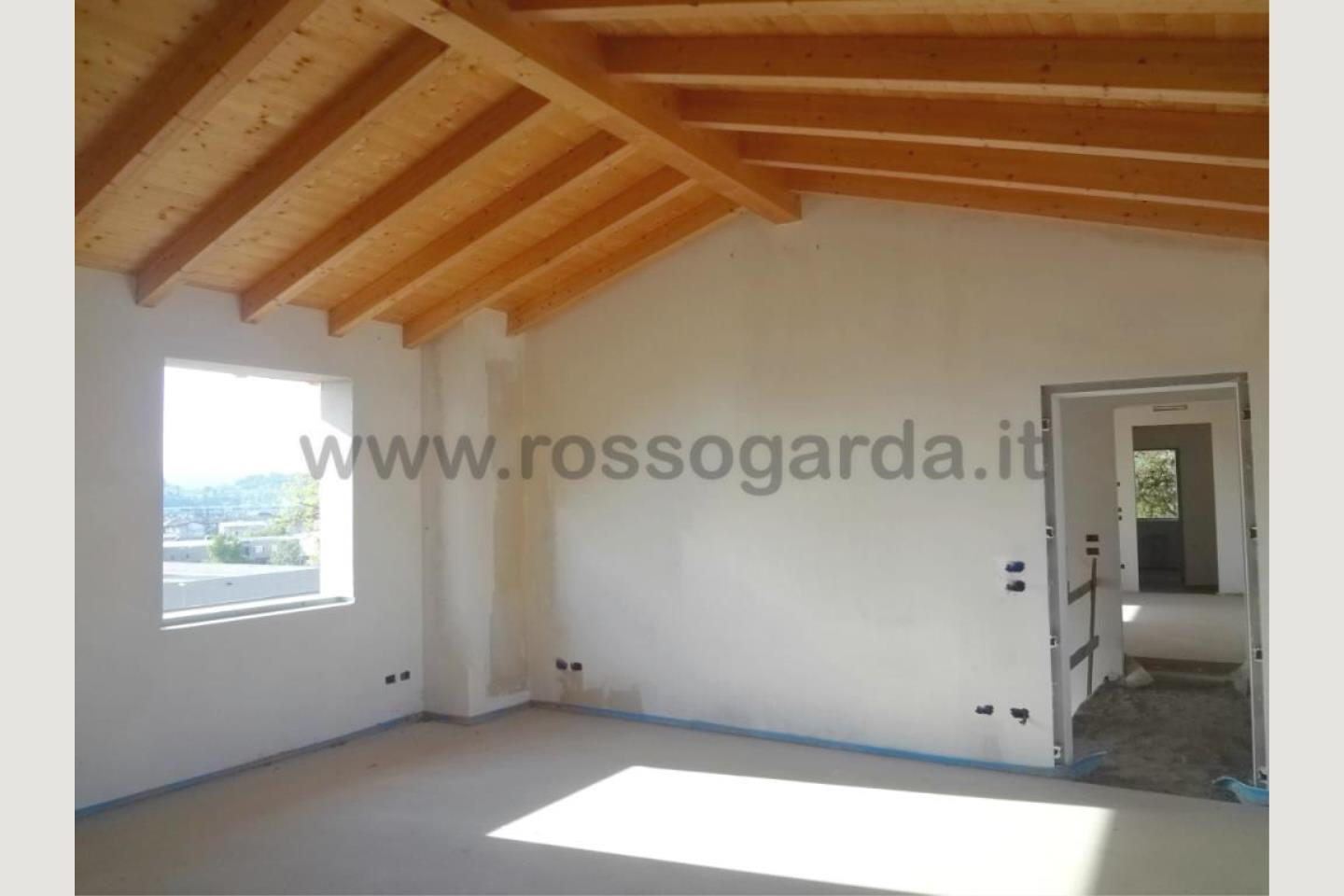 Apartment in Buy Desenzano del Garda