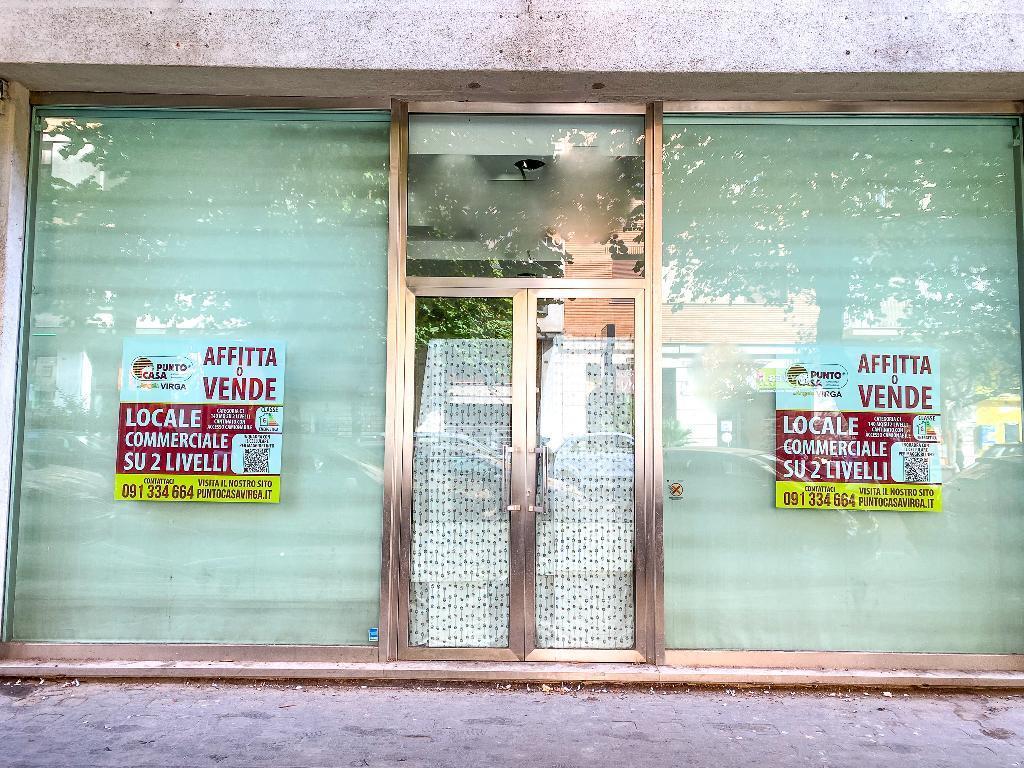 TERRASANTA - NOTARBARTOLO Ottimo locale commerciale 2 Vetrine + Cantinato
