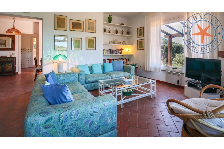 Villa in Affitto Marciana