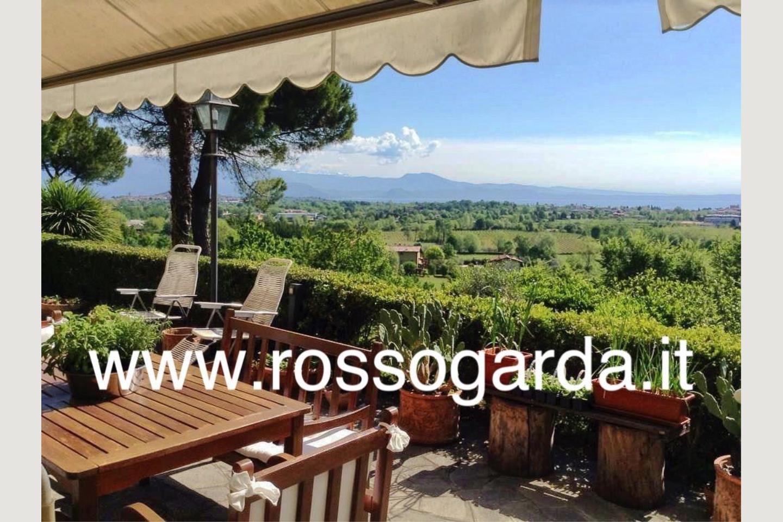 Portico villa vista panoramica Soiano