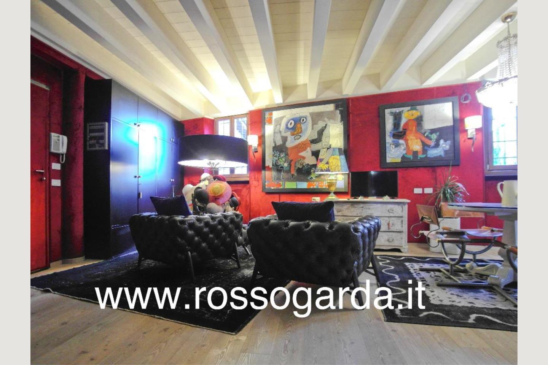 sala  Attico vista lago Desenzano vendita