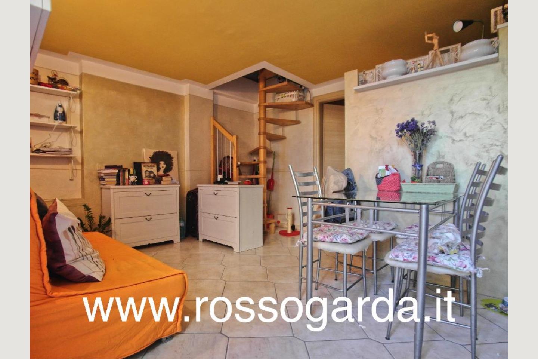 Villa Bifamiliare vendita Padenghe soggiorno 2