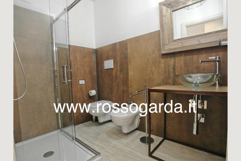 Residence B&B vendita Desenzano altro bagno