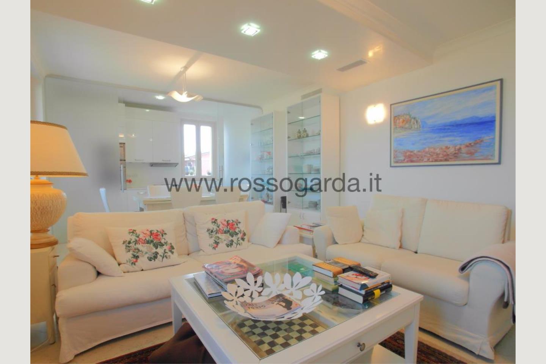 Sala giorno di attico in vendita a Desenzano d/G