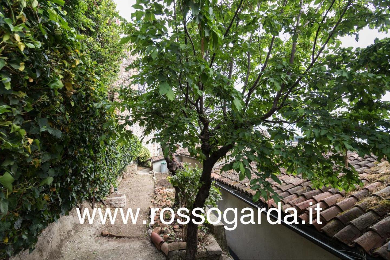 giardino Dimora 800  vendita Castellaro Lagusello