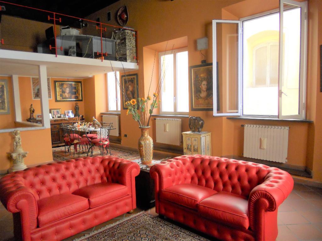 Appartamento con ingresso esclusivo a Lucca