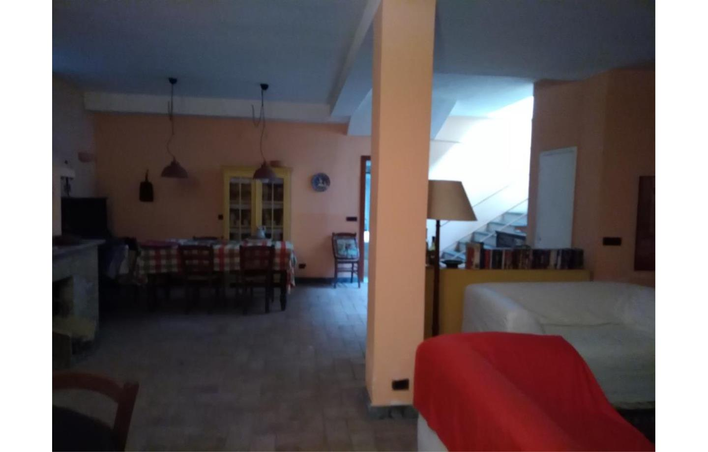 Villa in Vendita Vezzano Ligure