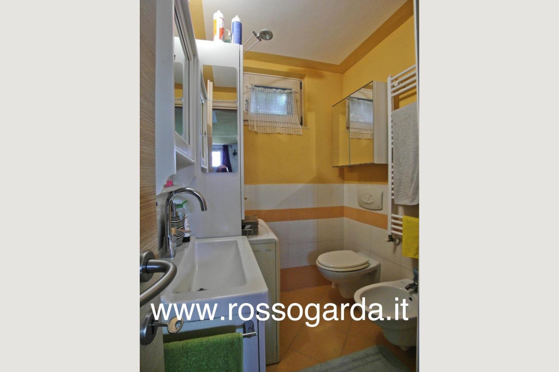 Villa Bifamiliare vendita Padenghe bagno 3